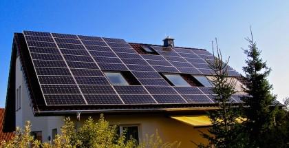Strom für Wärmepumpen aus PV-Anlagen selbst erzeugen